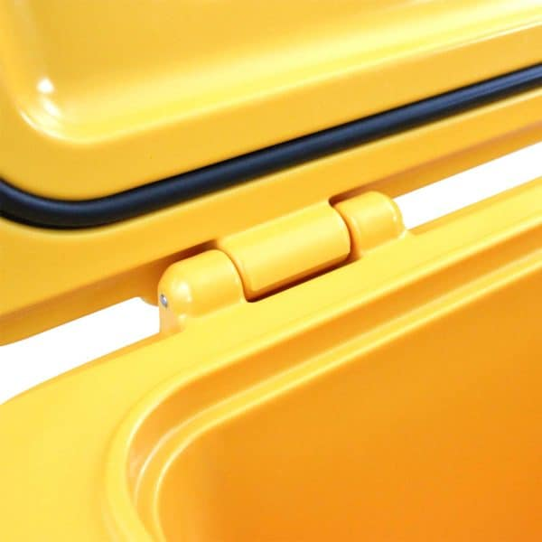25 Quart Cooler Hinge Close Up